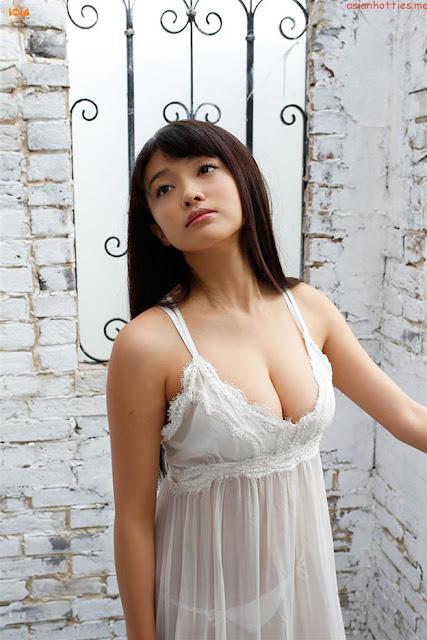 Hot girls Mari Yamachi japanese porn model 3