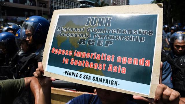 Filipinos protestan contra EEUU en vísperas de cumbre de ASEAN
