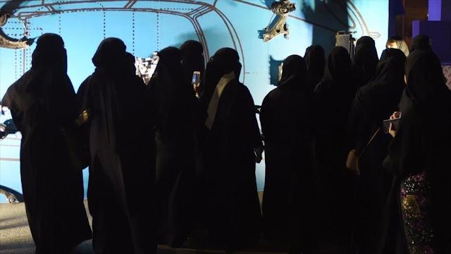 Informe: Mujeres activistas sufren torturas en prisiones saudíes