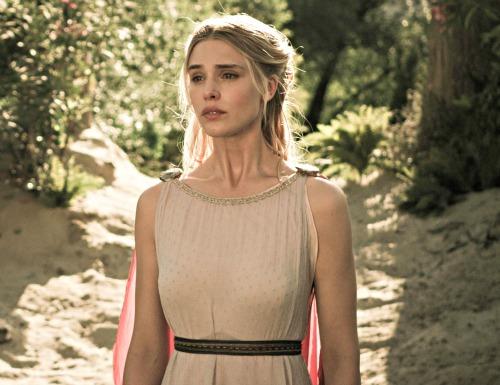 Gaia Weiss: Mystery Casting for Season 2 - Outlander Cast
