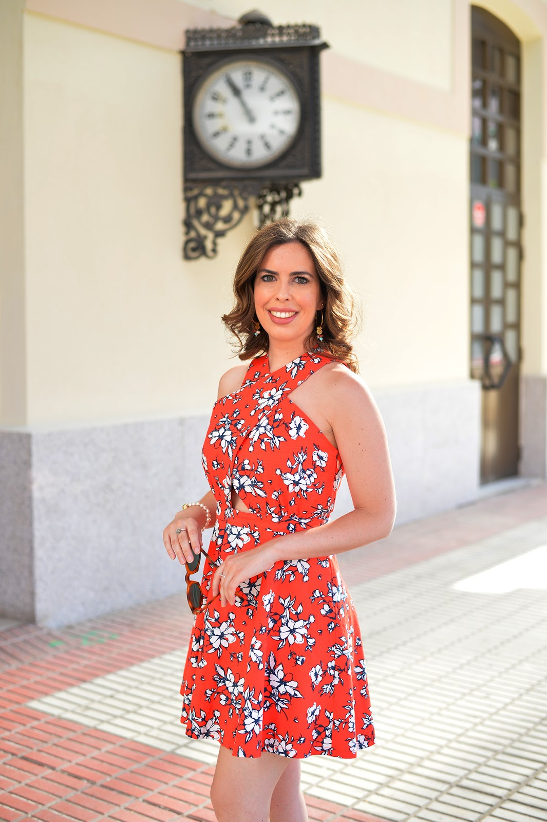 red floral summer dress abercrombie and fitch fashion blogger