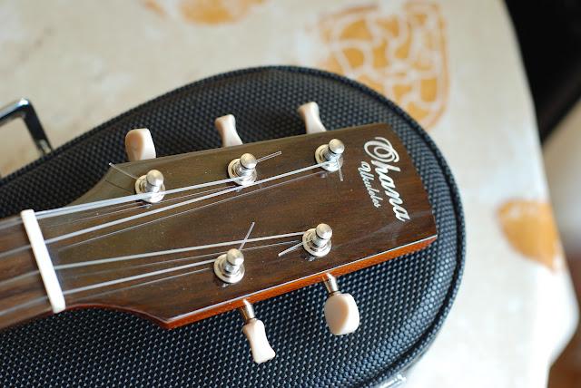 Ohana TK-35G-5 Tenor 5 string ukulele headstock