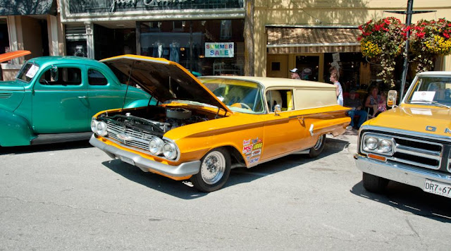 Vintage cars in downtown Orillia's classic car show.