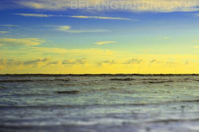Ufuk Matahari Selat Melaka Pantai Cunang