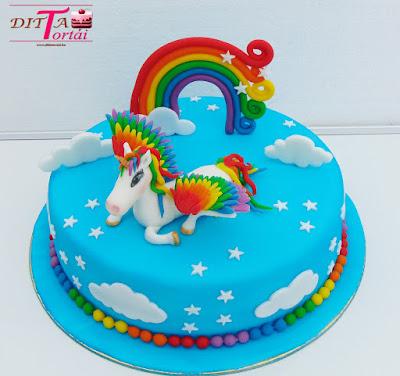 Egyszarvú torta