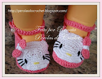 Sapatinho de croche Hello Kitty
