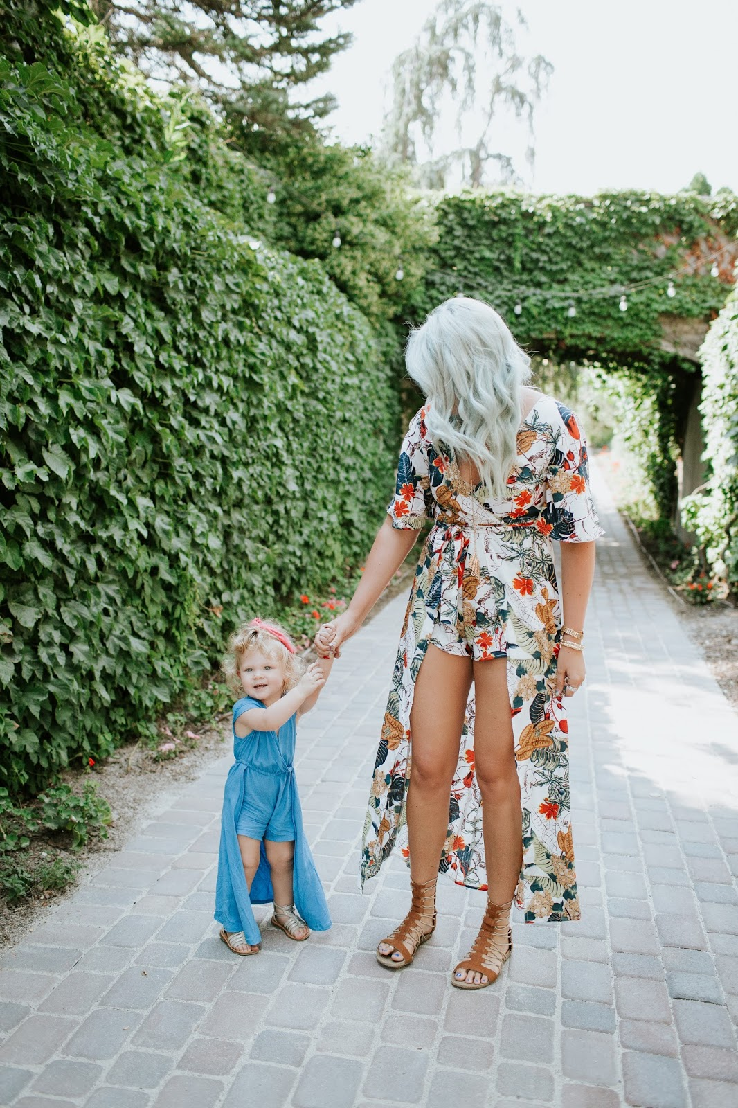 Blue hair, Matching outfits, summer outfits