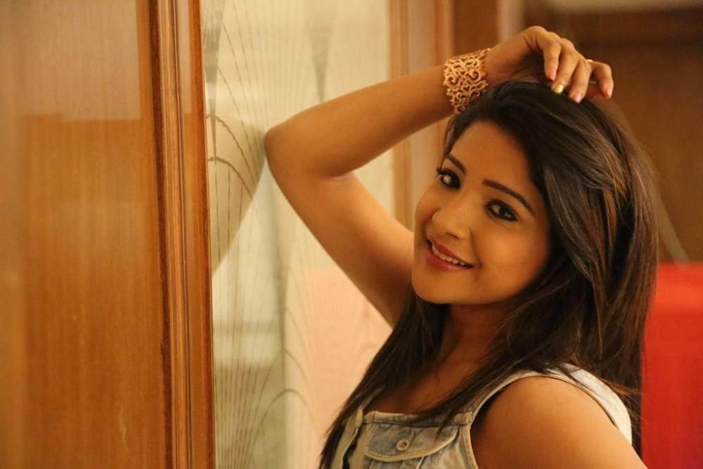 Actress Sakshi Agarwal Pictures in Jeans at Ka Ka Ka Po Movie Press Meet  0010.jpg
