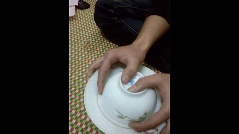 Chiến thắng với cách bịp xóc đĩa