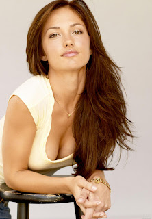 Minka Kelly Natural Hair Color