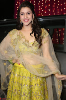 Mannara Chopra in lovely Ghagra Choli Transparent Chunni at Zee Telugu Apsara Awards 2017 10.JPG