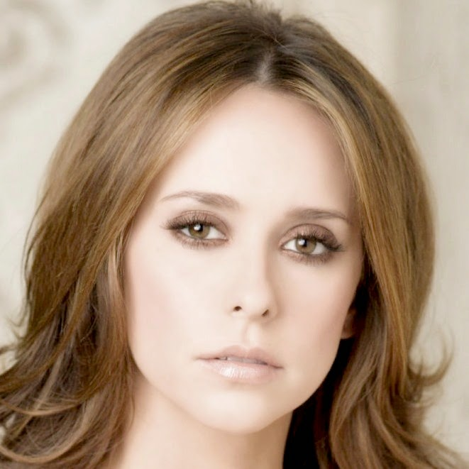 Jennifer Love Hewitt.