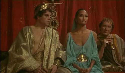 kisah raja yang hiper seks dan juga kejam serta bengis