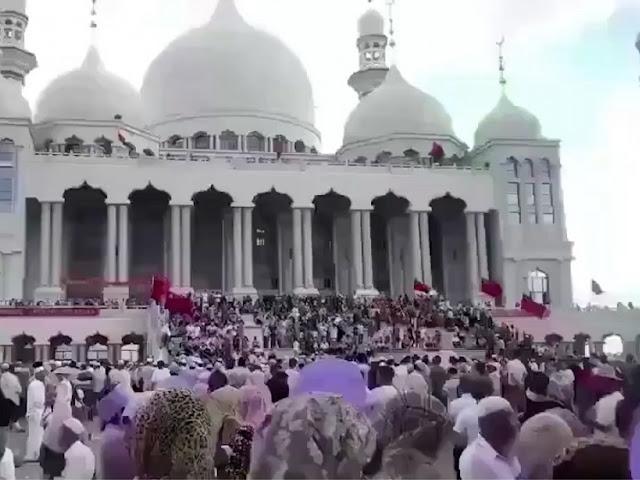 Masjidnya Akan Dihancurkan, Muslim China Gelar Aksi Protes
