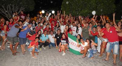 Baraunenses vão às ruas em apoio a candidatura do presidenciável democrata Fernando Haddad