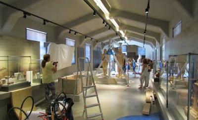 Επίσημη «πρώτη» στο Μουσείο για τους δίδυμους Κούρους της αρχαίας Κορίνθου