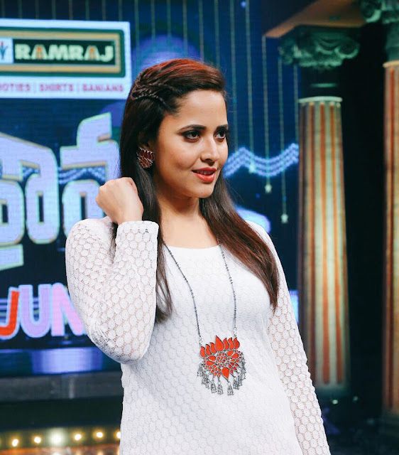Anchor Anasuya New Images in drama juniors