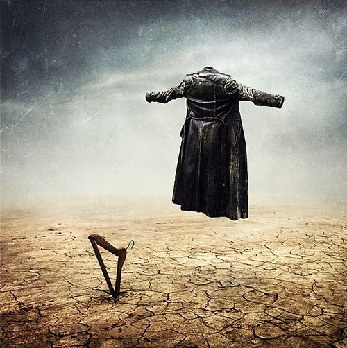 04-Surreal-Photo-Manipulation-Sarolta-Bán-www-designstack-co