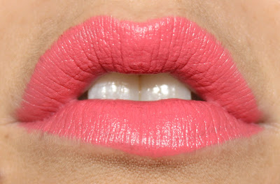 Pink Holiday Luxury Cream Lipstick in Marry Me lip swatch
