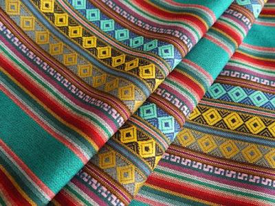 Tela con motivos de origen Azteca
