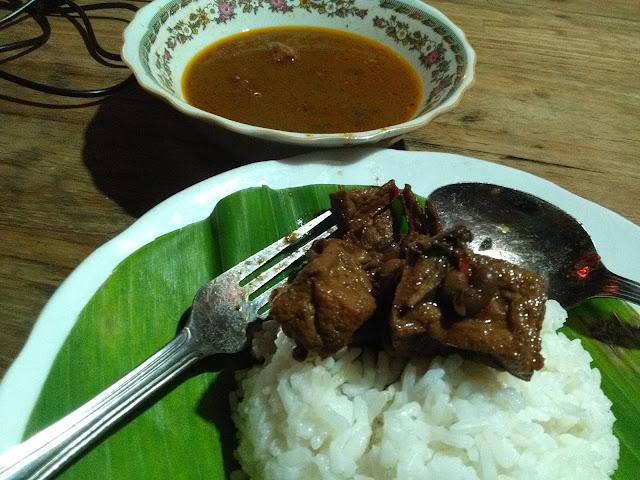 Nasi Brongkos Kedai Nyah Tan Li