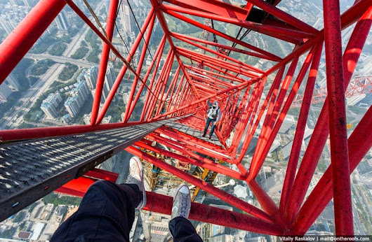 Gotravelad: Le Daredevils not Scaled Shanghai Tower is Back With A Climb Just Crazy