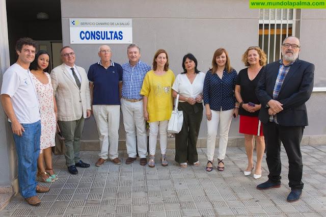 Baltar visita las nuevas instalaciones del Consultorio Local Puerto de Tazacorte