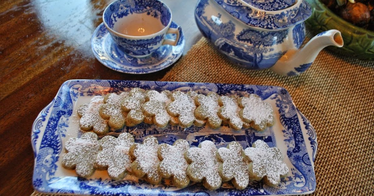 Lines From Linderhof Two Teas One Cookie