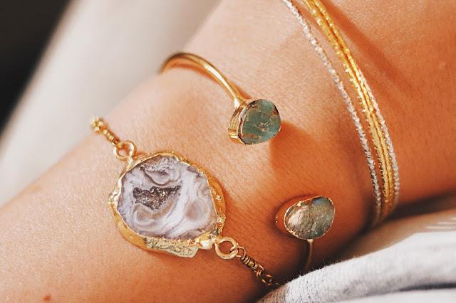 charitable fashion and jewelry companies