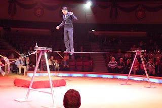 La cuerda floja, Krone Circus.