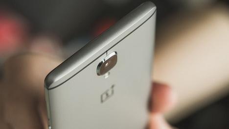 Smartphone dengan RAM 6 GB