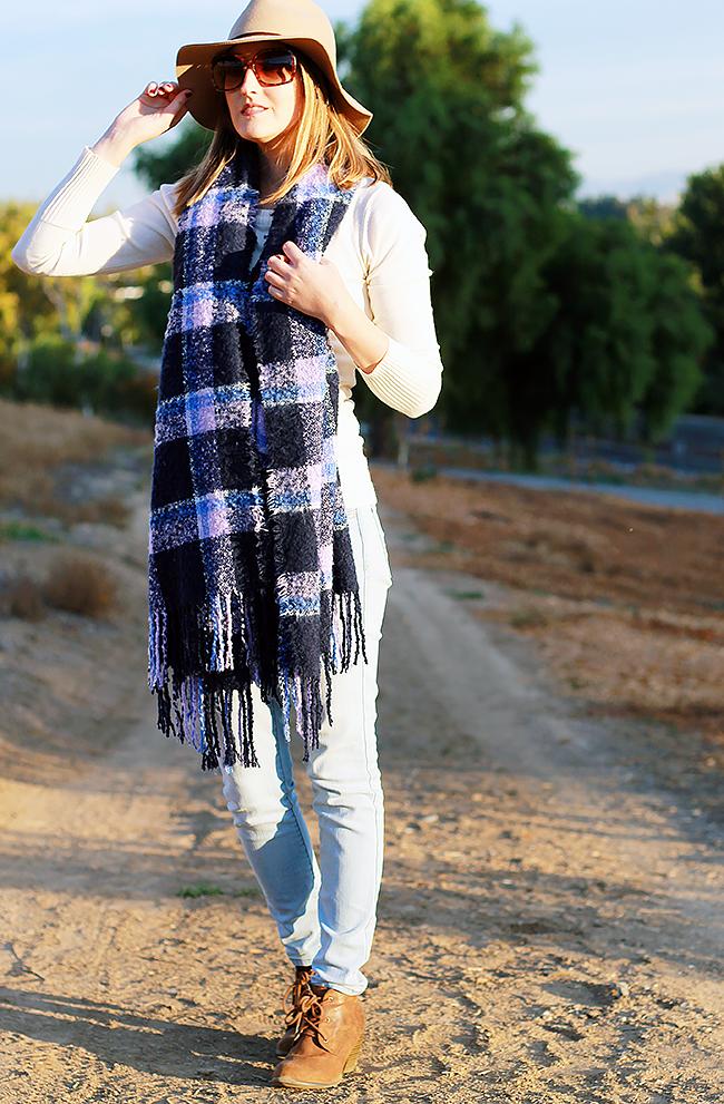 How-To Wear: Aerie Bonfire Blanket Scarf