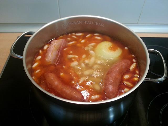 Fabada Asturiana. Receta clásica y sencilla
