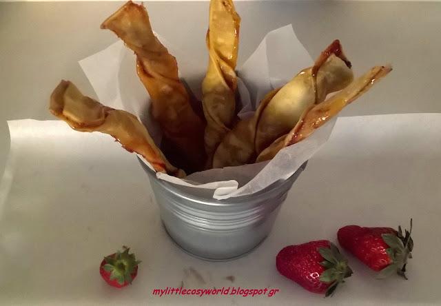 ζυμάρι με μαρμελάδα φράουλα