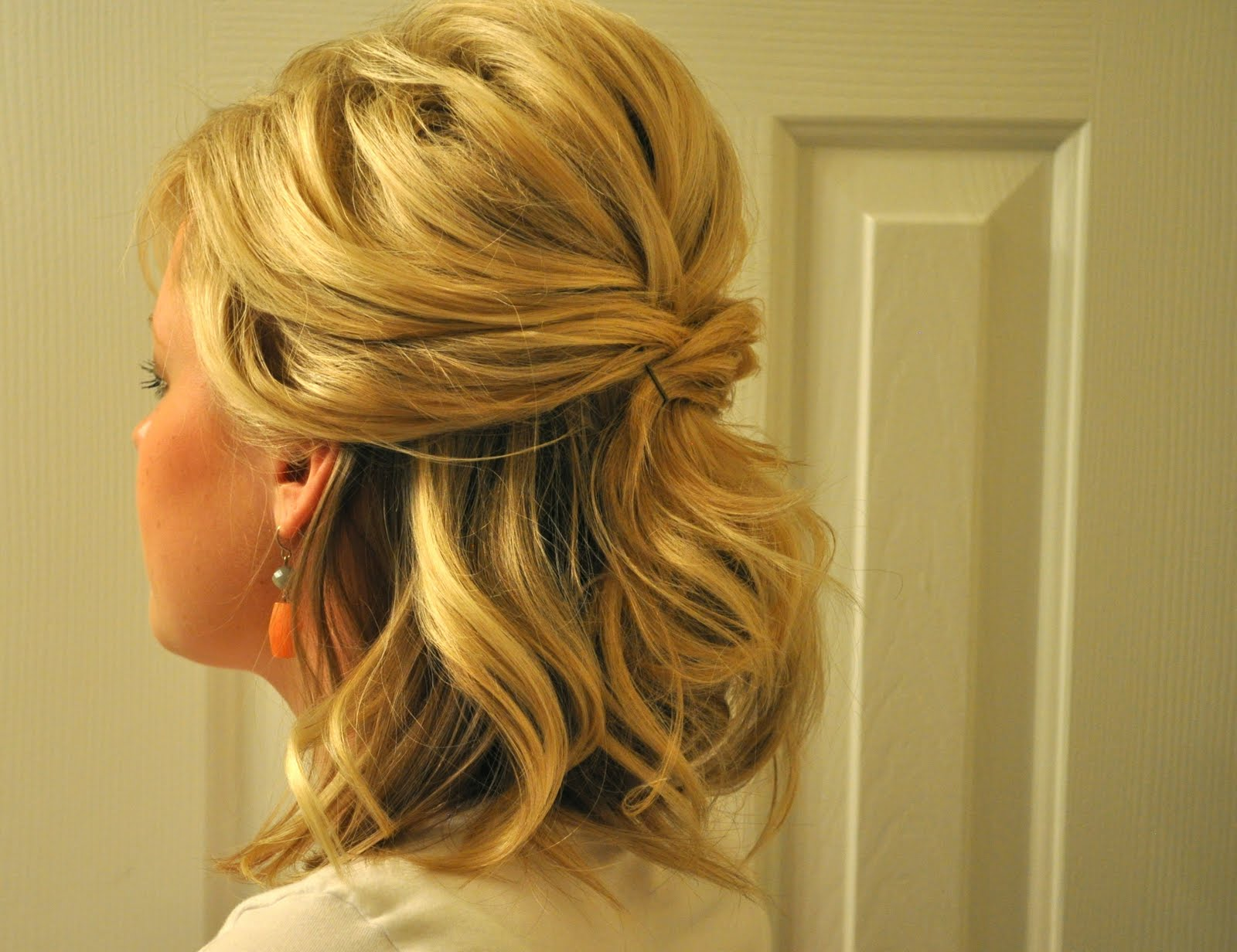 Half Up to Full Updo – The Small Things Blog