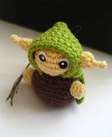 Маленький лесной эльф вязаный крючком. Описание