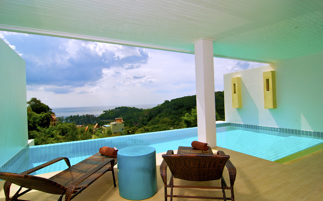 http://www.ibookingcorner.com/th/676176/Grand-Bleu-Ocean-View-Pool-Suite.html