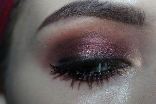 burgundy red smokey eye makeup eyeshadow dramatic drustore