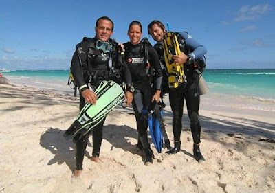 Photo of Ellis during her PADI IDC Instructor Development Course