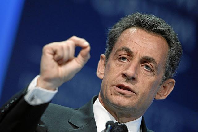 Nicolas Sarkozy placé en garde à vue dans le cadre du financement libyen de la campagne de 2007