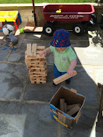 building and construction play outside