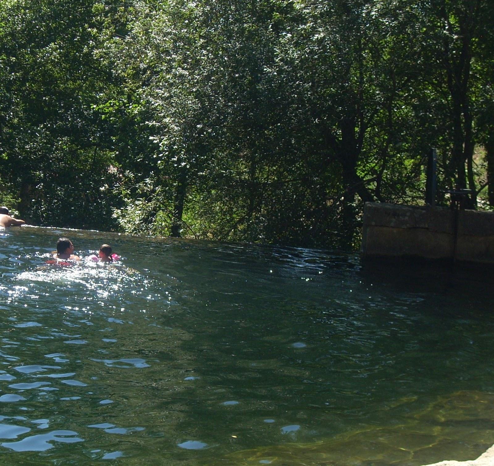 Elperi dicodegetafe 21 monitores contratados por el for Piedralaves piscina natural
