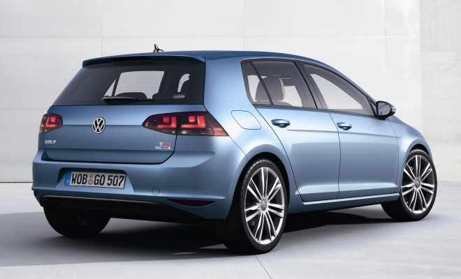 VW Golf 7 rear view