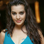 Gorgeous Stills of Beautiful Actress Diksha Panth