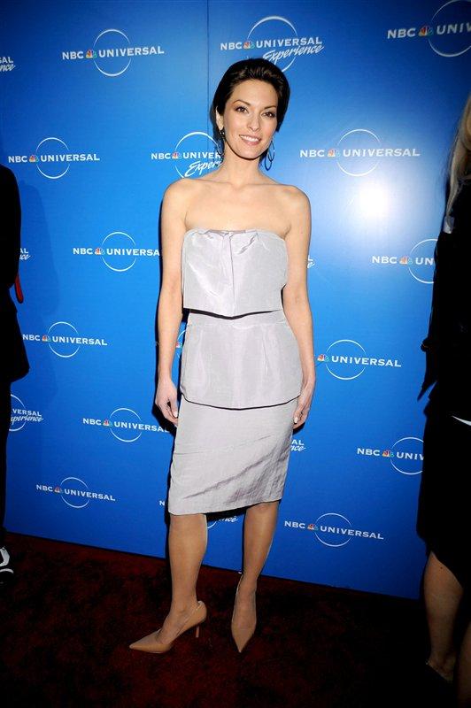Alana De La Garza Fashion And Styles