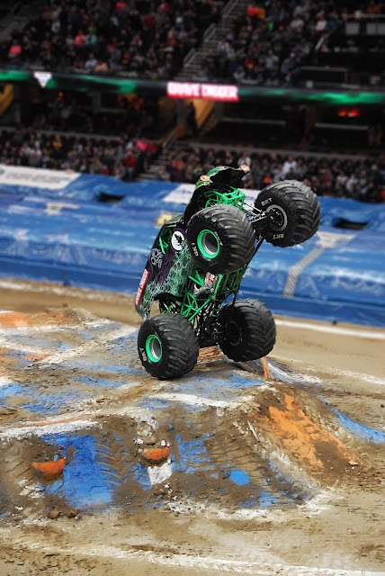 Monster Jam Triple Threat in CLE | Grave Digger wheelie