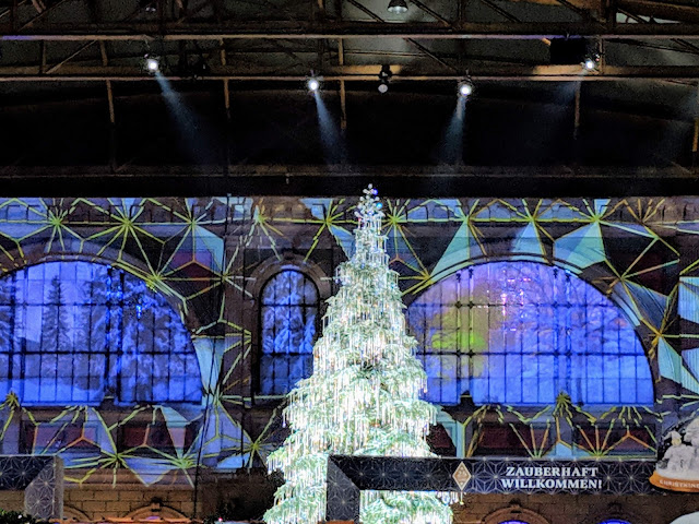 What to see in Zurich in winter: the Swarovski Crystal tree at Zurich HB Christmas Market