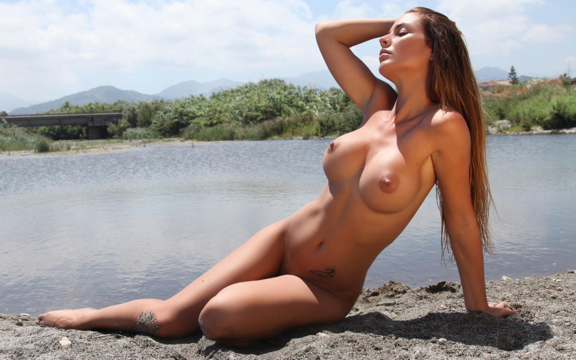 фото самые красивые девушки голышом секс