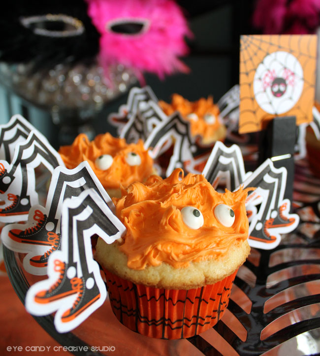 spider cupcakes, halloween party dessert table, spider web, eyeballs