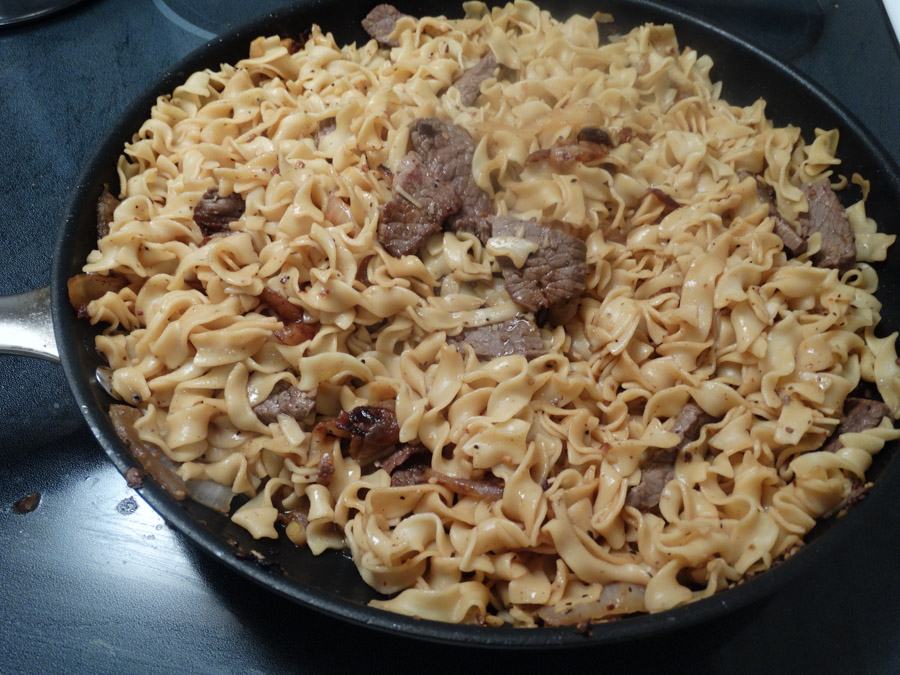 Old Fashioned Beef And Egg Noodles